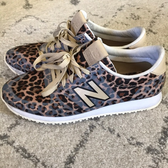 new balance leopardo
